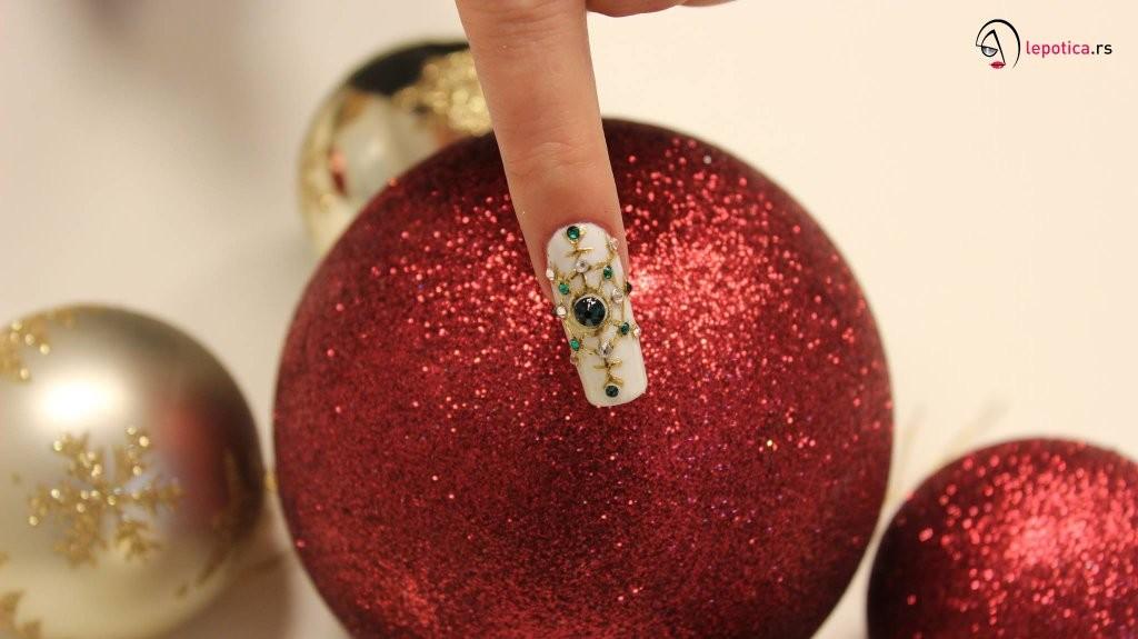 novogodisnja-nail-art