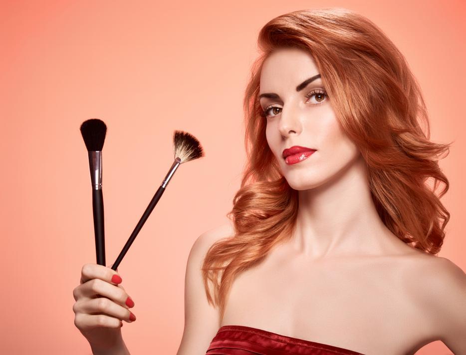 make up trikovi za suzavanje lica