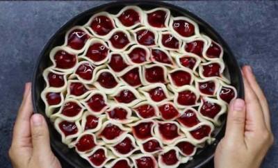 Cherry-Pie-Pull-apart-copy