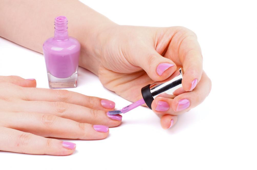 trikovi za lakiranje noktiju