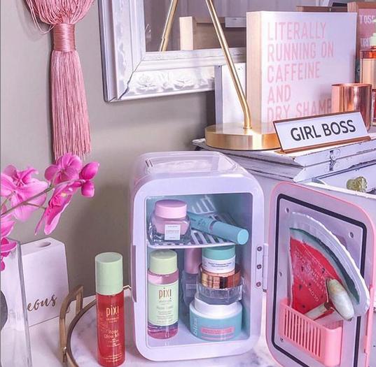 Instagram/Printscreen: @makeupfridge