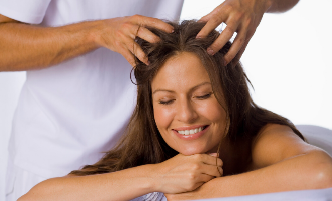 masaža skalpa