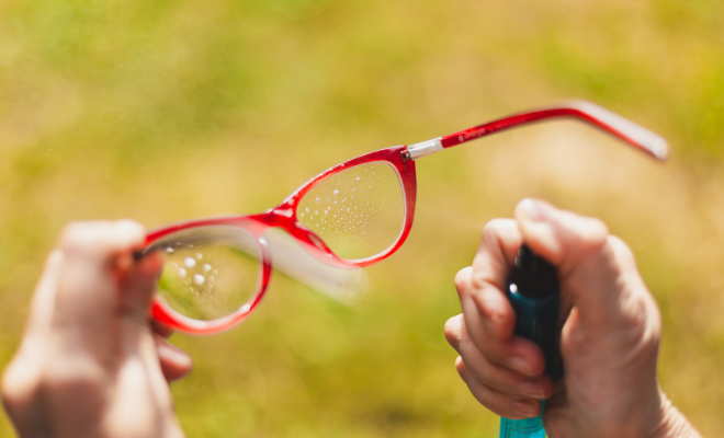 čišćenje naočara
